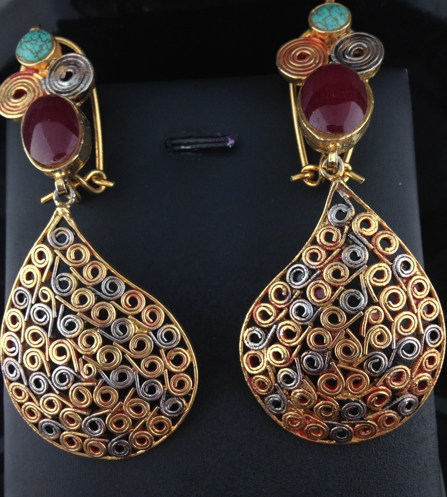 Kundan Earrings With Rubies and Turquoise Stones.