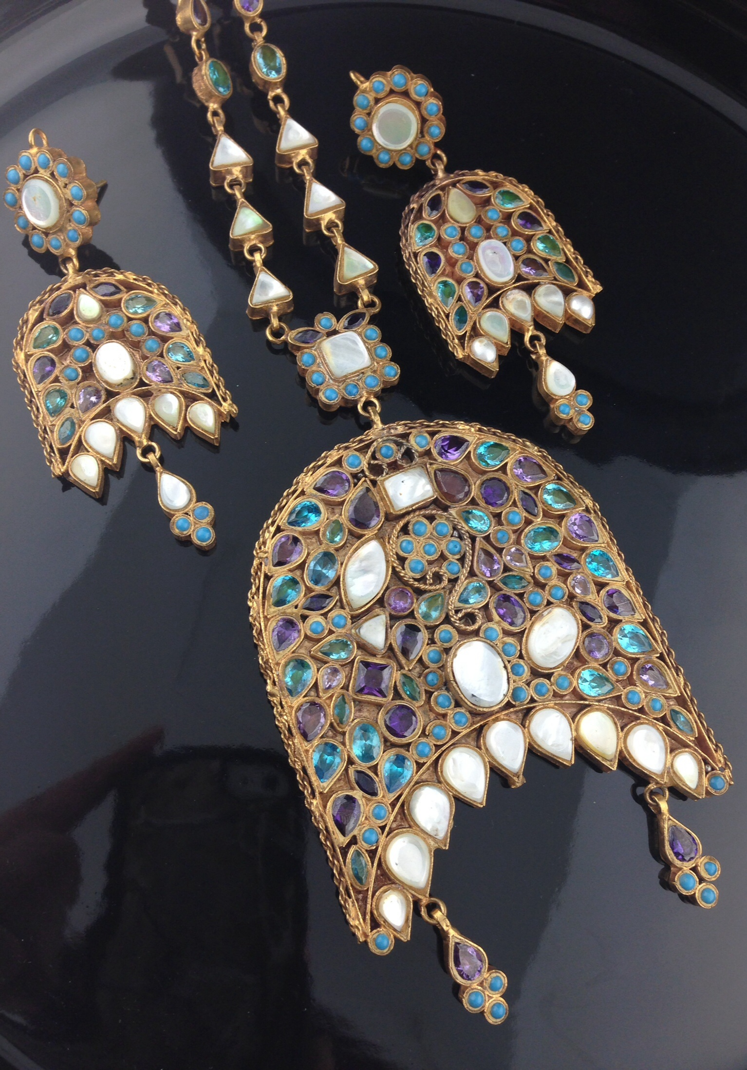 Exquisite Multicolored Kundan Mala Set