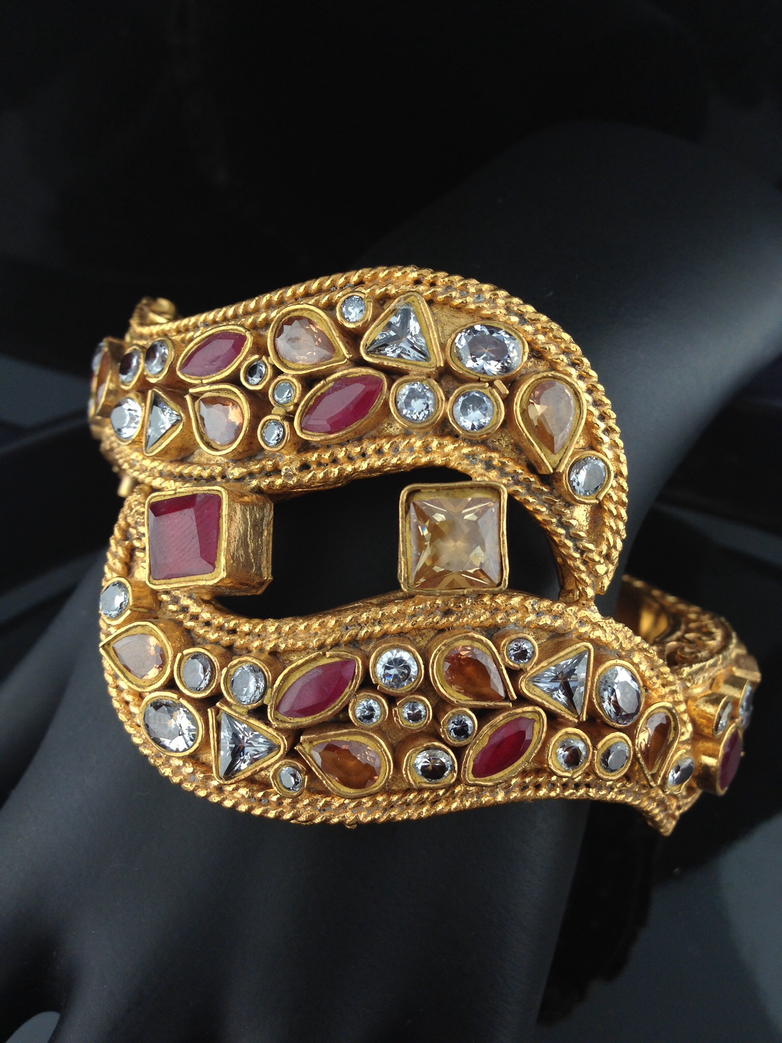 Kundan Bracelet with Champagne and Ruby Meena Work