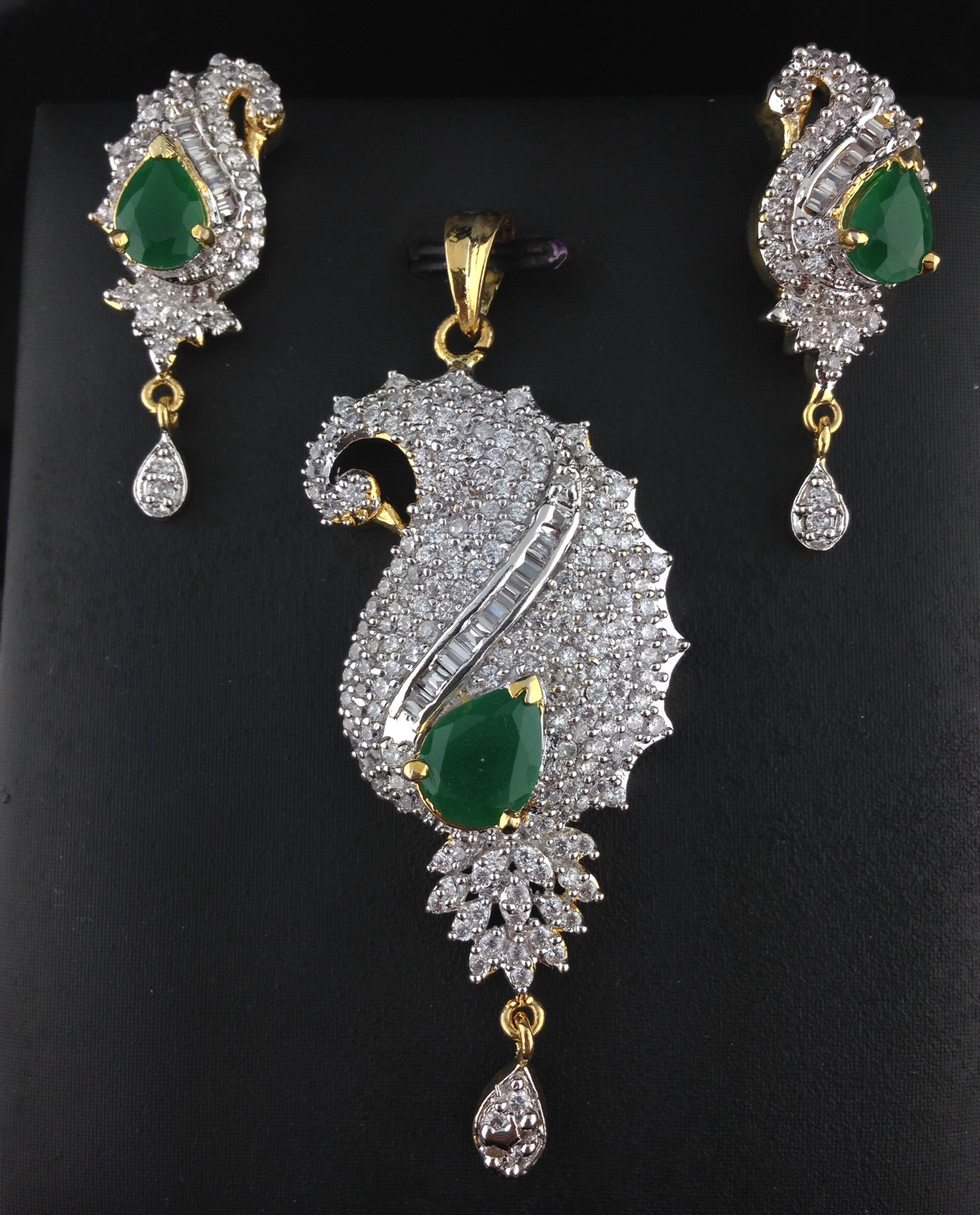 American Diamond Pendant Set With Emeralds
