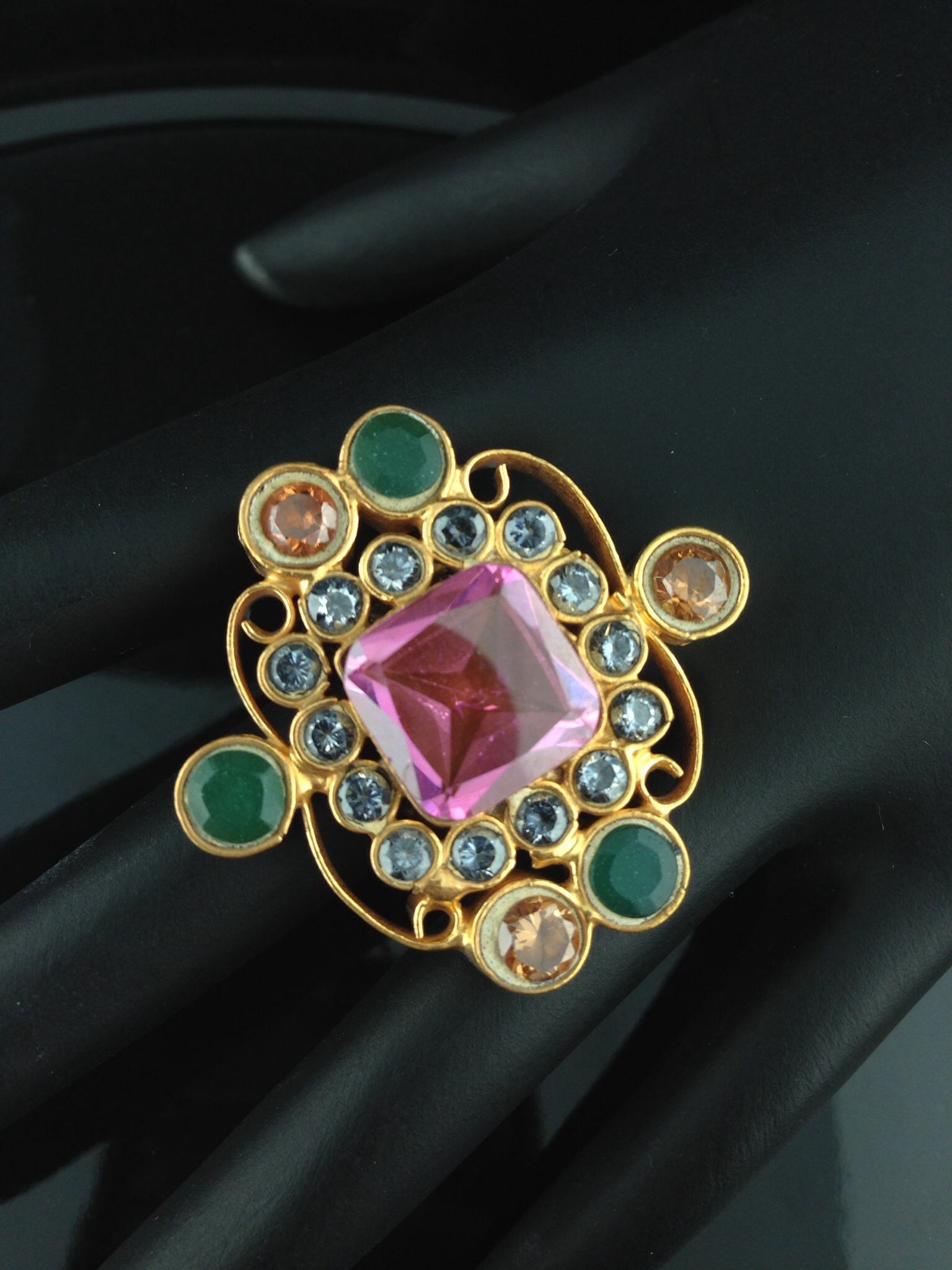 Adjustable Kundan Rings with Crystals, Emerald and Champagne Sto
